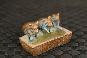 Chinese bronze hand casting three pigs eat statue figure table decoration