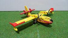 AVION CANADAIR SECURITE CIVILE F-ZBFS # 35 jaune/rouge miniature de collection