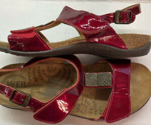 Dr. Weil Orthaheel SONORA  Woman's Size 9 sandals Red Patent Leather Excellent