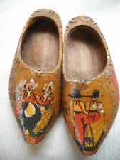 SET OF 2 VINTAGE HAND-PAINTED WOODEN SHOE WALL HANGERS, PRIMITIVE DESIGN