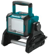 Makita DML811 18V LXT Lithium‑Ion Cordless/Corded Work Light, Light Only.