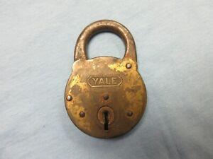vintage Yale padlock Yale & Towne Mfg. Co no key lot G