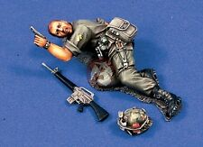 Verlinden 1/35 US Squad Leader lying on the ground for cover in Vietnam War 399
