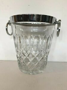 Sceau a champagne en cristal Monture en métal argenté XX siècle