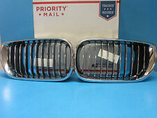 Front Hood Grills Set Left & Right Replace BMW OEM # 51137042961/2 Chrome Black