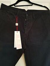 AUTHENTIC LACOSTE L!VE Men's Chinos /Pants/ Trousers, Navy Blue, size UK33 BNWT