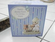Theres Always Room For A Friend Precious Moments 2006 Club Figurine Girl w/ Dog