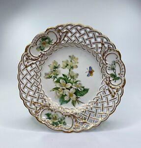 Meissen porcelain reticulated plate. Botanical, c. 1880.