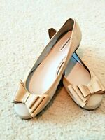 Emporio Armani,Cream,Bow,Cute/Dressy/Casual/Evening Ballet Flats/Slip ons SZ 7
