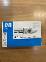 HP Photosmart R707 (Camera Turns On But Doesn't Work Right) Comes W/ Everything