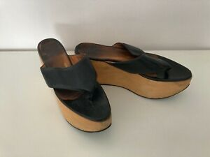 Vivienne Westwood Black Leather Rocking Horse Sandal Flip-Flop - Size 7 /41