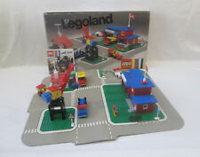 Lego Legoland - 355 Town Center Set with Roadways