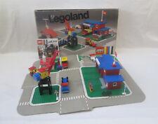 Lego Legoland - 355 Town Center Set with Roadways