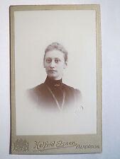 Falkenberg - 1900 - Frau im Kleid  CDV Schweden