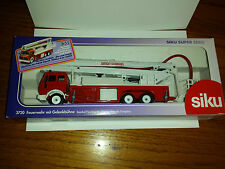 Siku Snorkel Fire Engine Simon Snorhel Feuerwehr Gelenkbuhne 1:55 Scale 3720 c3