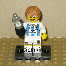 LEGO Mini Figure 8804 Series 4 Minifig Soccer Player