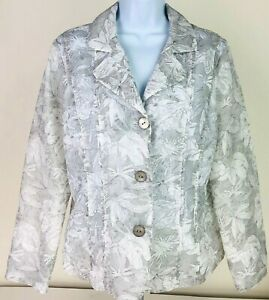 Chico's Women's Size 1 Jacket Lightweight Pale Gray & White Floral Design Pleats