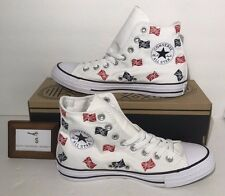 CONVERSE WOMENS SIZE 7 CHUCK TAYLOR ALL STAR HI WHITE WITH RED BLUE FLAGS NEW