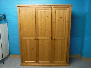 CHUNKY SOLID WOOD TRIPLE 3DOOR WARDROBE  H182 W151 D54cm - VISIT OUR WAREHOUSE
