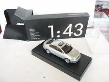1/43 Schuco VW Volkswagen Passat diecast In Silver Dealer Box Selten!!