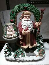 Pfaltzgraff Winterberry Collector Santa Figurine Music Box / Snow Globe