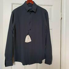 000b691042 $525 a estrenar con etiquetas Camisa Azul Oscuro Giorgio Armani. 38/15  tamaño (pequeño).