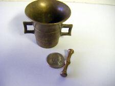 antique brass minature mortat & pestle side handles See