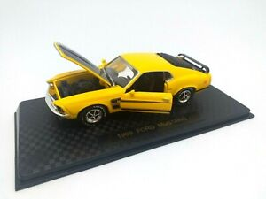 Road Champs 1:43 - Vintage Ads Series 1969 Ford MUSTANG Boss 302 68800