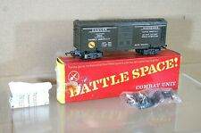 TRIANG HORNBY R249 BATTLE SPACE EXPLODING CAR WAGON MINT BOXED pv