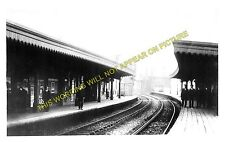 Rochester Bridge Railway Station Photo. Chatham to Strood and Fawkham Lines. (1)