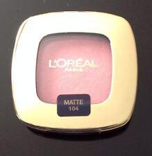 Loreal color colour riche Gel infused eyeshadow pink  La Vie En Rose 104