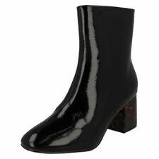 Bottes et bottines vernis noirs pour femme pointure 39