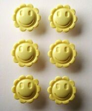 Pack of 6 Smiley Flower Face 15mm or 18mm Buttons in 12 Colour Choices