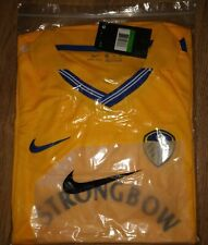 Leeds United.Nike Football Shirt 2001/2002 Season Retro Strongbow.New With Tag