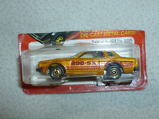 NEW ON CARD HOTWHEELS DATSUN 200SX 3255 VINTAGE 1982 MATTEL DIECAST HOT WHEEL >>