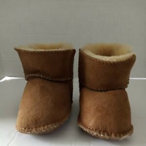 UGG |  Erin Boots Soft Soles | Toddler Boots (Size:  One Size Fits Most )