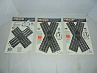 LIONEL LOT OF BLISTER PACKED CROSSINGS MIB O/27