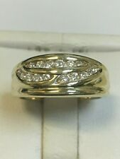 Attractive 9 Carat Yellow Gold DIAMOND CLUSTER / ETERNITY STYLE Ring