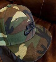 NEW Nike Pro SB Skateboarding Snapback Hat Camo Dunk Green Cap RARE 628683-223