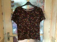 Zara Ladies Top Size Small, Brand New Without Tags, Beautiful Design.