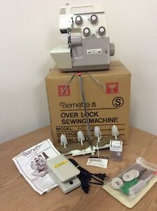 BERNINA BERNETTE Model MO-234 Overlock Serger Sewing Machine w/ Original Box
