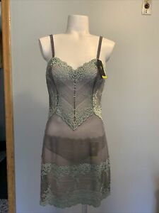 Wacoal Embrace Lace Chemise Size M in (Quiet Shade/ether) Msrp $27.