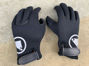 Endura Nemo Gloves Kids Age  9-10 Superb Condition, Winter Cycling MTB