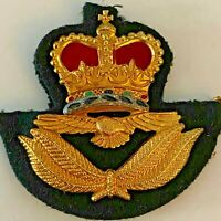 Royal Canadian Air Force (RCAF) Officer's Cap Badge