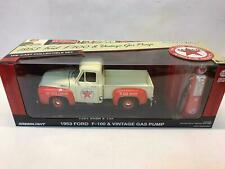Greenlight Ford F-100 TEXACO 1953 with vintage Gas pump 1/18 12991