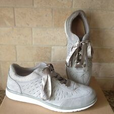 UGG VICTORIA PERFORATED PENCIL LEAD LACE-UP SNEAKERS SHOES SIZE US 11 WOMENS