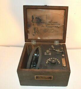 EARLY 1920's NRI (NATIONAL RADIO INSTITUTE) CRYSTAL RADIO RECEIVER MODEL A-1 Jr.