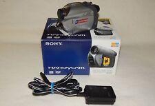 Videocamera Sony Handycam DCR-DVD105E
