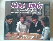 MAH JONG GREAT VINTAGE TILE GAME COMPLETE WITH ALL 144 WOODEN PIECES AND MANUAL