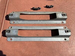 Jeep Wrangler Half Door Interior Handle Brackets 1987- 2006 TJ & YJ OEM Pair